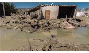 İran'da sel: 400 köy sular altında kaldı
