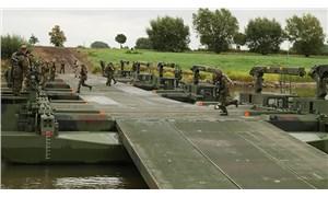 Almanya'da 550 askere 'aşırı sağ' soruşturması