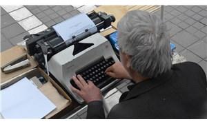 30 yıllık arzuhalci anlattı: En çok yoksula ve işsize dilekçe yazıyoruz