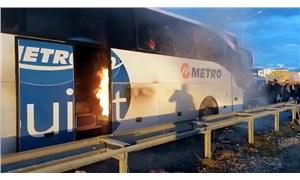 Metro Turizm otobüsü içinde yolcular varken alev aldı