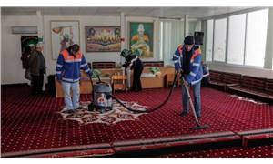 Adana Büyükşehir'den ibadethanelerde temizlik çalışması