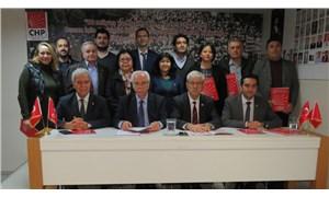 CHP İzmir, 'İnsan Haklarına Dayalı Örgütlenme ve Stratejisi' belgesini yayımladı