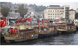 Eminönü'nde bir balıkçı teknesi için tahliye kararı kaldırıldı