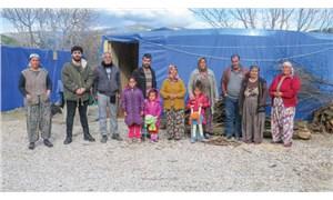 İzmirli Roman yurttaşlar Belevi'de çadırda: Gariban insanlarız, ekmek nerede biz oradayız