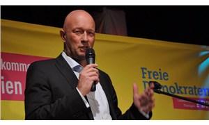 Almanya için kara gün: Neonazilerin desteği ile seçilen eyalet başbakanı ülkeyi ayağa kaldırdı