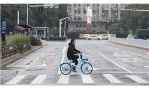Koronavirüs'te can kaybı 723'e çıktı: Pekin'de maske takmayanlar gözaltına alınacak
