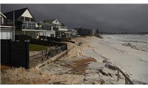 Avustralya'da sel: 100 binden fazla ev elektriksiz kaldı