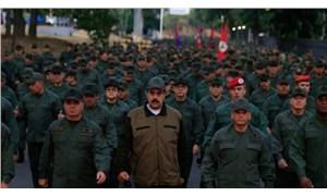 Venezuela'da sivillerin de katıldığı büyük askeri tatbikat