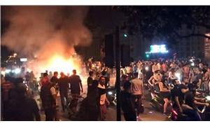 Lübnan'da halk bir kez daha sokakta