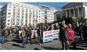 Yunanistan'da 24 saatlik grev hayatı durdurdu