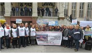 İzmir, şehir hastanelerine karşı ayakta