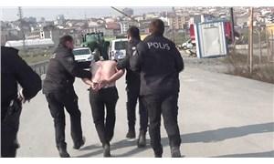 Öğrencileri taciz ettiği öne sürülen servis şoförü dövüldü