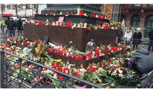Almanya'da Hanau katliamı lanetlendi: Uluslararası dayanışmayı güçlendirelim