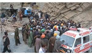 Pakistan'da maden çöktü: 10 işçi yaşamını yitirdi