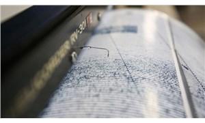 İran'da 5.9 büyüklüğünde deprem: Van'da 9 kişi hayatını kaybetti