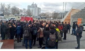 Kanal İstanbul forumuna polis barikatı