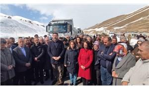 HDP'li belediyelerin Van'a gönderdiği deprem yardımına engel
