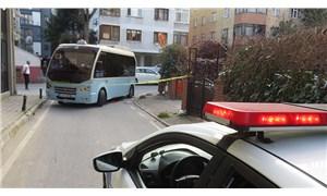 Kadıköy'de güzergah dışına çıkan minibüsün çarptığı yaşlı kadın öldü