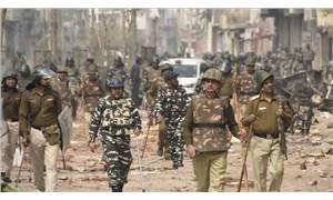 Yeni Delhi: Vatandaşlık yasasına karşı protestolarda 35 kişi öldü