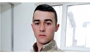 """İdlib'de yaşamını yitiren asker iki gün önce """"'Baba çevremizi bombalıyorlar, şehit olacağım"""" demiş!"""