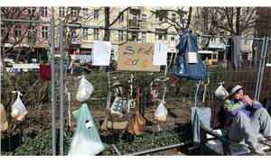 Almanya'da salgına karşı dayanışma