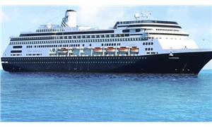 Güney Amerika'da kıyıya yanaşmasına izin verilmeyen yolcu gemisinde dört kişi öldü