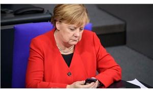 İtfaiye personeli, 'başbakan beni aramaz' deyip telefonu Merkel'in yüzüne kapattı