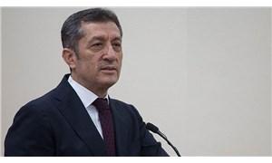 Milli Eğitim Bakanı Ziya Selçuk'tan ücretli öğretmenlerin maaşlarına ilişkin açıklama