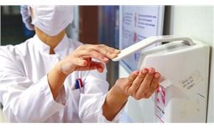Özel hastanelerde 100 hekim virüse yakalandı