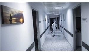 Sağlık çalışanlarına iki tehdit: Bir yanda virüs, diğer yanda işsizlik