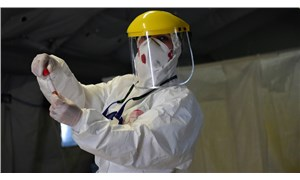 Aşı için çalışan profesör: Virüsün çok daha fazlasını yaptığını gözlemledik