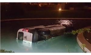 Alkollü sürücü havuza uçtu