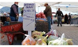 Muğla'da pazar esnafından ihtiyaç sahiplerine ücretsiz sebze ve meyve