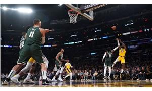 Silver: NBA'de kalan maçları tek şehirde oynama planlarını tartışıyoruz