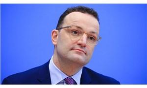 AlmanyaSağlık Bakanı Spahn: Hayatın normale dönmesi çok uzak