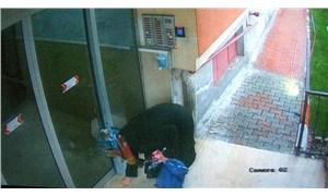 Apartmanların merdiven korkuluklarına sıvı süren kadın gözaltına alındı