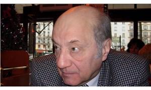 Tiyatro oyuncusu Coşkun Tunçtan Covid-19 nedeniyle Paris'te hayatını kaybetti