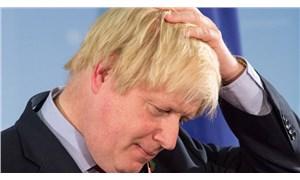 Boris Johnson, pazartesi günü iş başı yapıyor