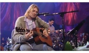 Kurt Cobain'in 'MTV Unplugged' konserinde kullandığı gitar açık artırmada satılacak