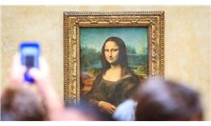"""Fransa'da """"Mona Lisa'yı satalım"""" önerisi"""