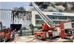 Sincan'da medikal malzeme fabrikası deposunda yangın çıktı