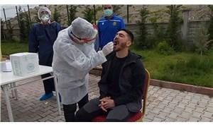 Yeni Malatyaspor'da 1 futbolcu ile 1 çalışanda koronavirüs tespit edildi