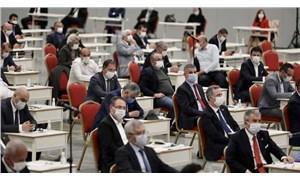 İBB, AKP ve MHP'nin engellemesiyle sosyal yardım taleplerini durdurdu!