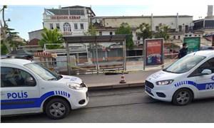 Tramvay durağında erkek cesedi bulundu