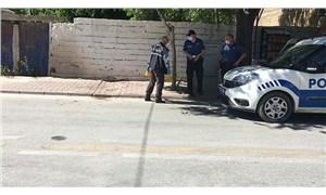 Cezaevinden izinli çıkan erkek, boşanma aşamasında olduğu kadını vurdu