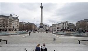 İngiltere'de koronavirüsle mücadelede yeni dönem başlıyor
