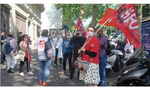Fransa'da hemşire ve hasta bakıcıları protesto düzenledi