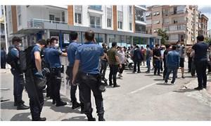 Karantina altındaki mahallede 'gıda eylemine' polis engeli