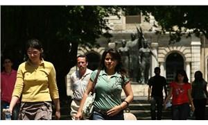 Üniversiteli işsizler ordusu hızla büyüyor