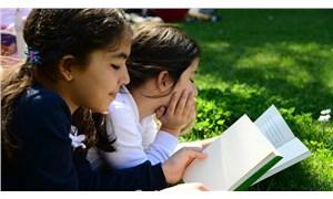 Hikâye ve masal dinleyen çocuk daha erken konuşuyor